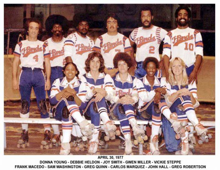 Thunderbirds Roller Derby 1977 Team Photo
